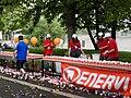 Pražský maraton, Nábřežní, iontové nápoje.jpg