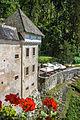 Predjama Castle (18201985121).jpg