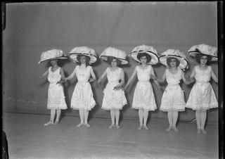 Prinsessan Nam-Nam, Operett-teatern 1910. Rollporträtt