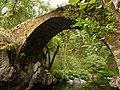 Puente medieval de Castro Cavadoso - panoramio.jpg