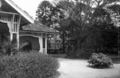Queensland State Archives 7 City Botanic Gardens kiosk Alice Street Brisbane October 1926.png