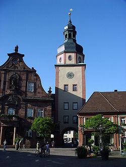 Rathausturm Ettlingen.JPG