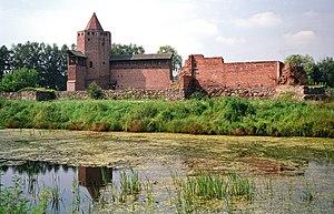 Rawa Mazowiecka - Preserved ruins of the Rawa Mazowiecka Castle, 2012