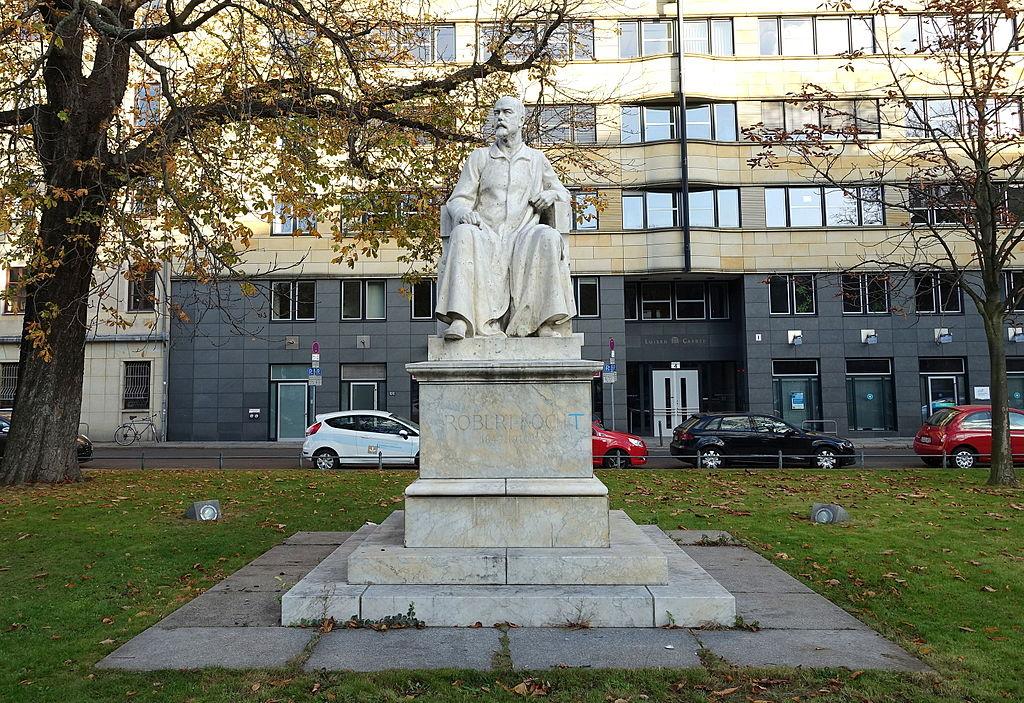 Robert-Koch-Denkmal (Berlin) - DSC09600.JPG