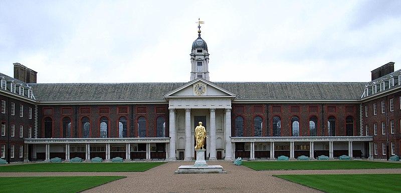 http://upload.wikimedia.org/wikipedia/commons/thumb/7/7d/Royal_Hospital%2C_Chelsea.jpg/800px-Royal_Hospital%2C_Chelsea.jpg