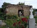 Ruinele bisericii vechi - Ogretin.jpg