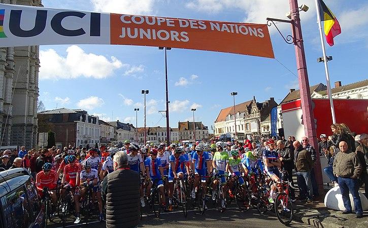 Saint-Amand-les-Eaux - Paris-Roubaix juniors, 10 avril 2016, départ (C31).JPG