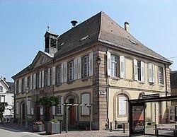 Sainte-Croix-en-Plaine, Mairie.jpg