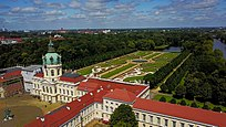 Schloss-Charlottenburg-from-above.jpg
