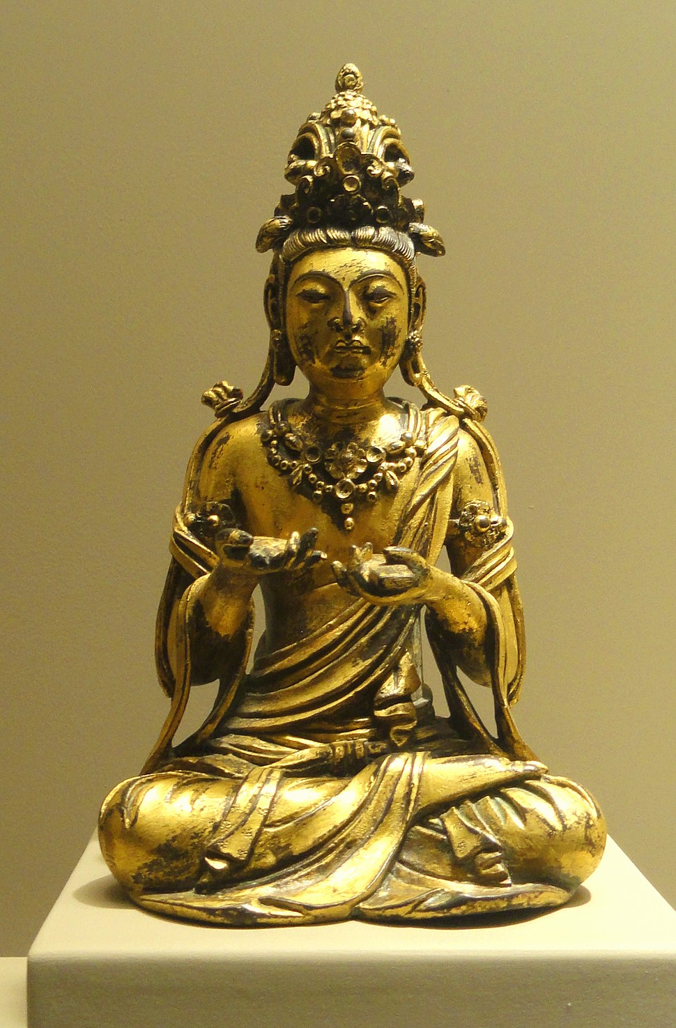 Seated Manjusri Bodhisattva, Chinese, Tang Dynasty or Five Dynasties, late 9th to early 10th century - Nelson-Atkins Museum of Art - DSC09127