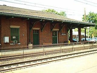 Short Hills station train station