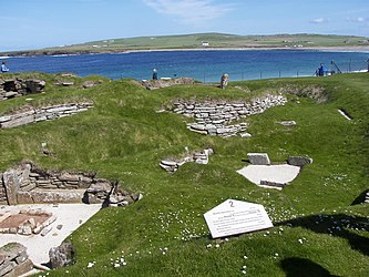 Skara Brae houses 9 and 10 2.jpg