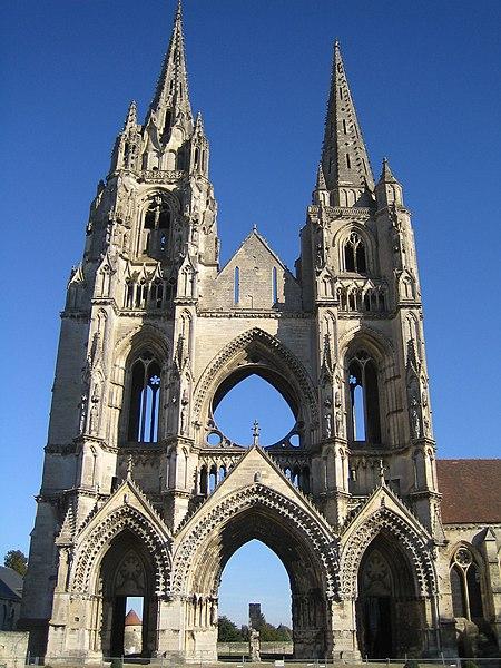 Keskiajan Arkkitehtuuri