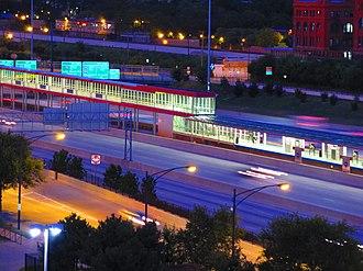Dan Ryan branch - Image: Sox 35th CTA Station & Dan Ryan Expressway