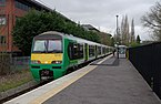 St Albans Abbey railway station MMB 03 321417.jpg