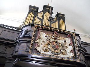 St. Werburgh's Church, Dublin - Image: St Werburgh's church organ and Lord Lieutenants' gilded pew, mid 18th century