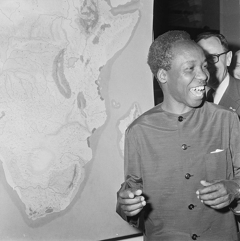 766px-Staatsbezoek_president_Nyerere_van_Tanzania%2C_president_Nyerere_bezoek_gebracht_a%2C_Bestanddeelnr_917-6721.jpg
