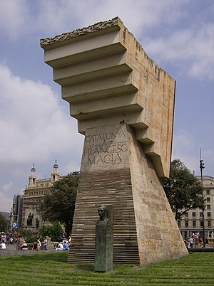 Josep Maria Subirachs - Monument to President Macià, Plaça Catalunya, Barcelona.