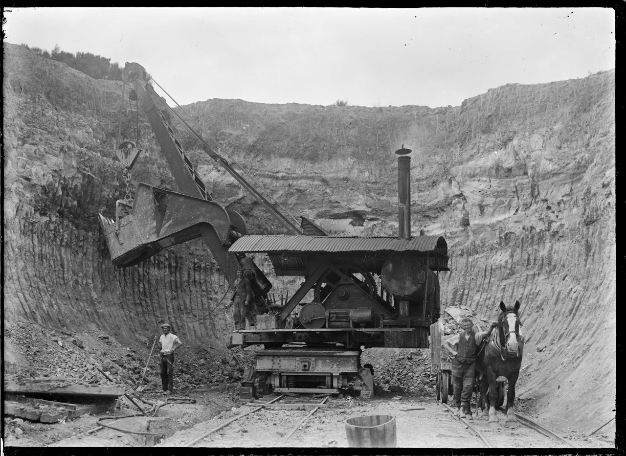 Steam Digger At The Silverstream Brick
