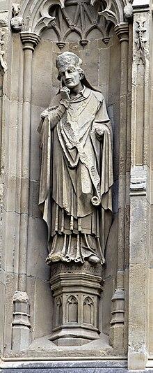Langtonin patsas Canterburyn katedraalin ulkopuolelta