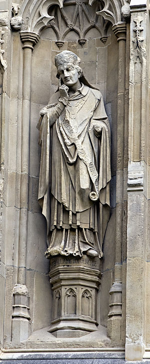 Stephen Langton - Statue of Langton from the exterior of Canterbury Cathedral