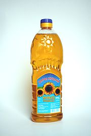 Sunflowerseed oil.jpg