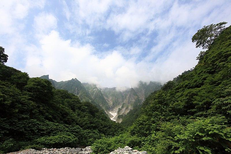 File:Tanigawadake Minakami Gunma Japan.jpg