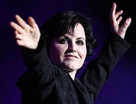 The Cranberries (6856962706) (cropped).jpg