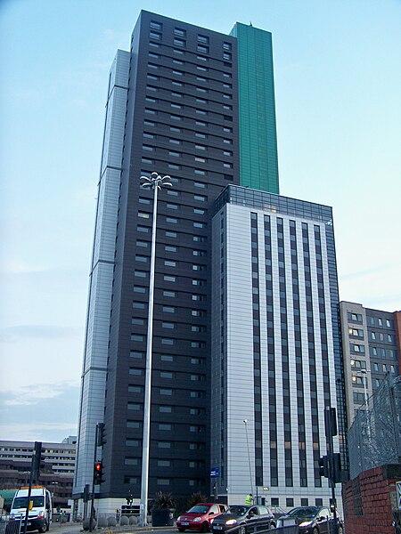 leeds  a modern architectural hub
