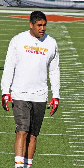 Tony Moeaki - Moeaki with the Chiefs in 2010