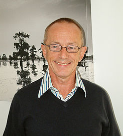 Topper Headon (Sept08).jpg