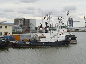 Tugboats Accurat and Weser.jpg