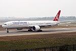 Turkish Airlines, TC-JJS, Boeing 777-3F2 ER (26081988098).jpg