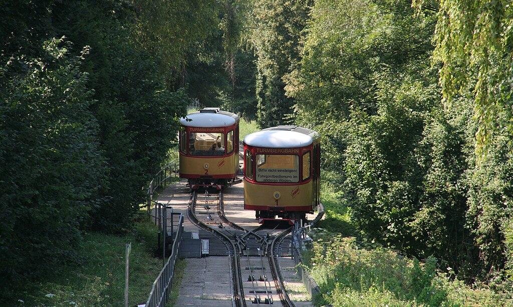 Die Standseilbahn 1024px-Turmbergbahn