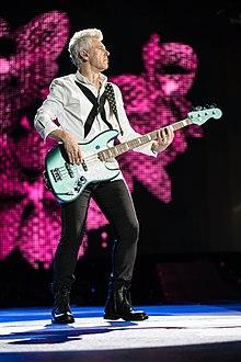 U2 in Tampa, Jun 14 2017 (34966292060).jpg