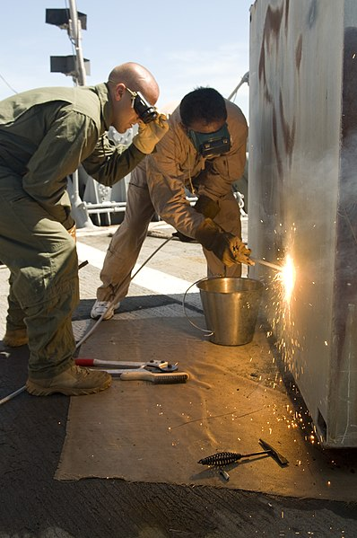File:US Navy 100714-N-2831C-021 Mobile Diving Salvage Unit 2 participates in Southern Partnership Station.jpg