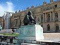 Une statue au château de Versailles.JPG