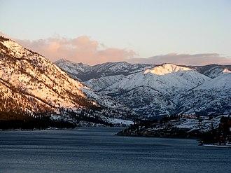 Lake Chelan - Image: Uplake from the south shore Lake Chelan