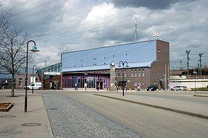 Vaihingen (Enz) station - Station and forecourt