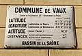 Vaux-en-Beaujolais - Plaque coordonnées géographiques.jpg