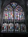 Vidriera en un lado del transepto de San Salvador 2.jpg