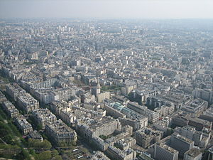 English: View from Eiffel Tower, 7th arrondiss...