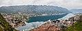 Vista de Kotor, Bahía de Kotor, Montenegro, 2014-04-19, DD 08-10 PAN.JPG