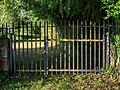 Vitoria - Olarizu - Puerta detrás de las huertas 01.jpg