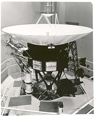Cassegrain antenna - Cassegrain antenna on the Voyager spacecraft