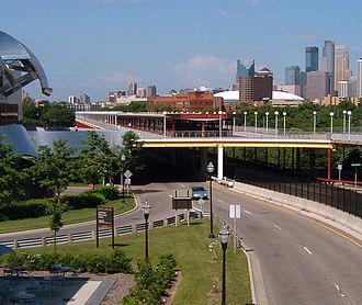 Washington Avenue Bridge (Minneapolis) - East entrance to the bridge, prior to the lower level reconfiguration for the METRO Green Line.