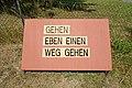 Weg in Loosdorf 356 Tafel 10 in A-2133 Loosdorf.jpg
