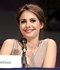 Willa Holland by Gage Skidmore 2.jpg