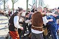 Worsteling tussen de geuzen en Spaanse soldaten 1 april feest Brielle.jpg