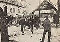Wyjazd oddziałów LP na patrol Pisarzowa (1914).jpg